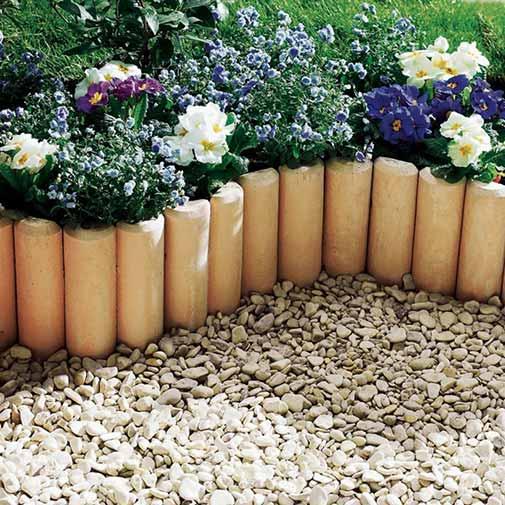 bordure parterre de fleurs amnagement de jardin. Black Bedroom Furniture Sets. Home Design Ideas